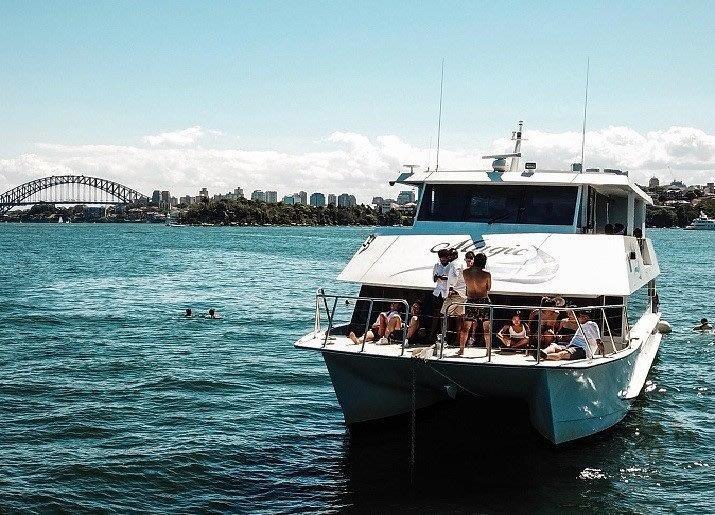 sydney harbour cruise, boat hire sydney